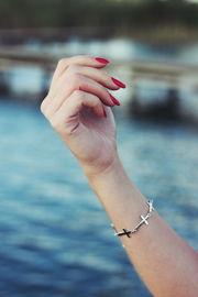 schoene fingernaegel aus uv-gel